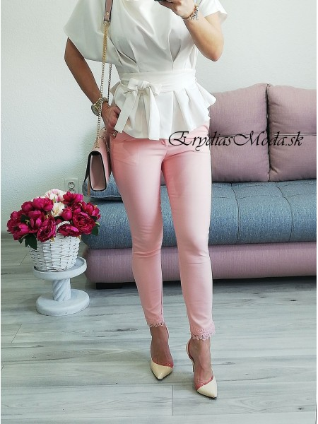 Púdrovoružové nohavice s krajkou 20855