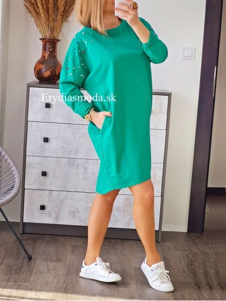 Oversize teplákové šaty s perličkami zelené 1605